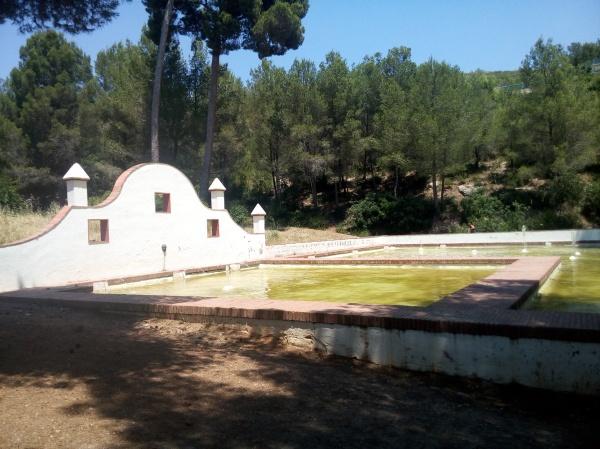 Balsa y Fuente Can Roca Castelldefels